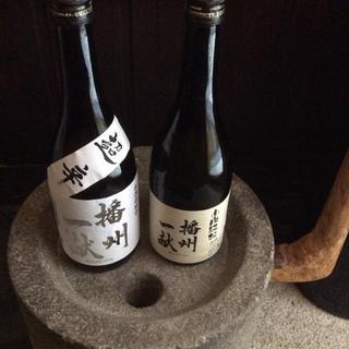 蕎麦懐石の【旨味】を引き出す美酒銘酒。時にワイン時に日本酒。