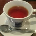 浅井食堂 - セットの紅茶
