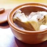 中国菜 火ノ鳥 - 牛テールとカブラの蒸しスープ