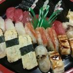 日の出寿司 - 料理写真:出前寿司(3人前)