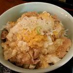 ごはん屋進 - 鹿野地鶏ピヨの親子丼