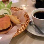 ボンネツト - 2015/11 ハンバーガー&コーヒー \800