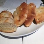 アルジャーノン - ランチの自家製パン(3人分)
