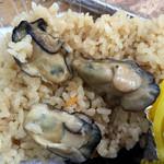 唐泊恵比須かき小屋 - 牡蠣飯