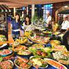 レストラン バーガンディ - 料理写真:和洋中50種以上食べ放題のディナーバイキング