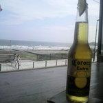 4500536 - ビールとカウンターと海