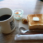 45001839 - ペリカンのトーストセット