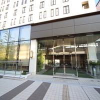 高崎駅東口デッキ直結徒歩1分。