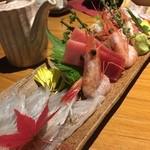 45014349 - 【直送】刺身3点盛り                       真鯛、甘エビ、大間の中トロの3点!