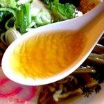 中華そば 金ちゃん - 脂のパンチが効いたスープ!