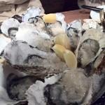 かき小屋 - 生牡蠣(岩手、宮城、兵庫)