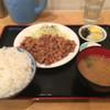 夢食堂 - 料理写真:しょうが焼き定食 大盛り680円