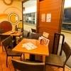 ラ・パウザ - 内観写真:温かみのあるきれいな店内でパーティーも盛り上がります!