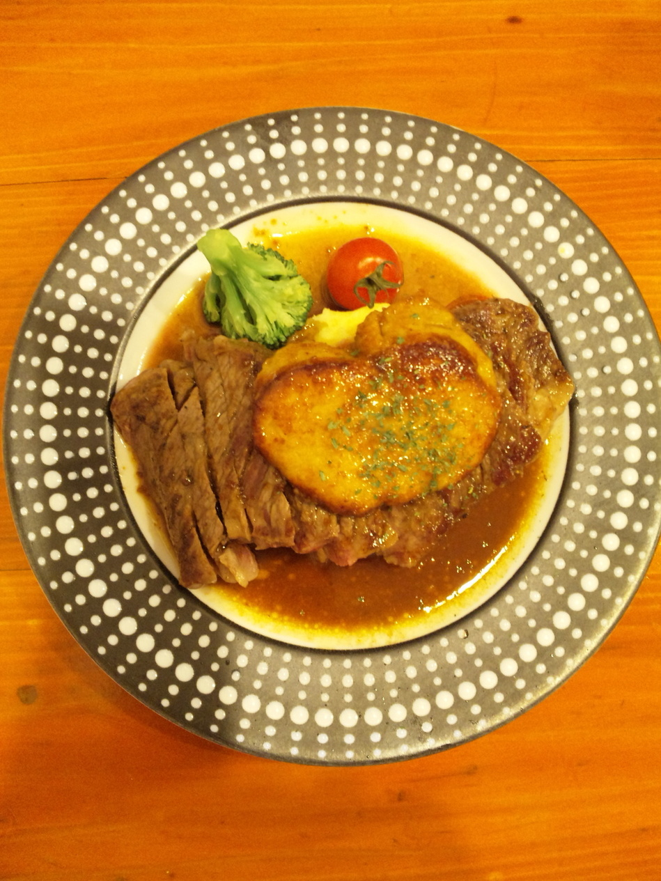 肉バル ビステッカ