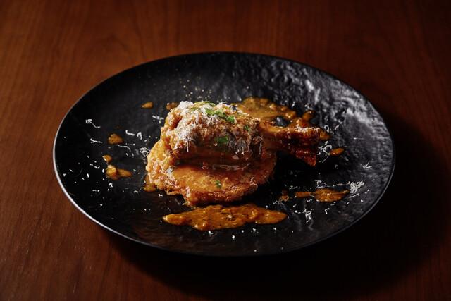 https://tabelog.ssl.k-img.com/restaurant/images/Rvw/45178/640x640_rect_45178424.jpg