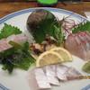 助格 - 料理写真:刺身の盛り合わせ