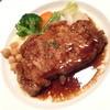 ビストロ オララ - 料理写真:ランチの『豚ロース肉のソテー ジンジャー風味の赤ワインソース』(930円)2015年12月