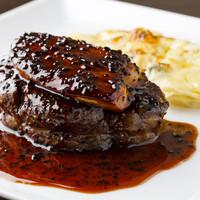 牛ヒレ肉とフォワグラロッシーニ