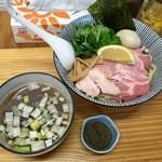 中華そば よしかわ - あっさり煮干しつけそば+味玉