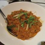 ゴングル - ベイガンバルタ(焼きなすのカレー)