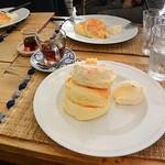 Mikasadekoandokafe - リコッタチーズパンケーキ