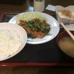 島田屋 - 豚キムチ定食