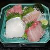 うおよし - 料理写真:刺身盛り合せ