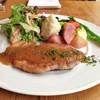 """イレール人形町 - 料理写真:ビストロランチのメインの1皿""""豚肩ロースのポワレ"""