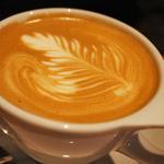 GORILLA COFFEE - カフェラテも美味しい〜!