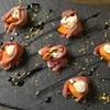 ズイジ - 料理写真:切り落とし生ハムで包んだマスカルポーネチーズとフレッシュフルーツ