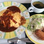 オムライス - 料理写真:オムライスとシーフードクリームコロッケのセット