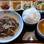 にっこりマッコリ - プルコギ焼き定食(880円)