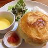 ジーカフェ - 料理写真:パイ包み焼きランチ