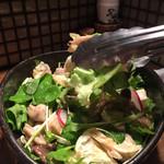 昇家 - 里芋とキノコの白菜サラダ(¥650)