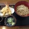 手打そば処 弁慶 - 料理写真:細切り天せいろ、1400円です。