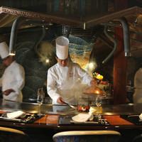 あざみ野 うかい亭 - 料理人の技を堪能するカウンター席