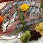 割烹 甲州  - 秋刀魚