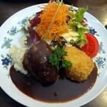 浅井食堂 - ハンバーグとエビクリームコロッケ