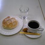 脇本陣 - アップルクリームチーズ¥162+珈琲¥324(イートインでドリンク¥50引) 2015.12