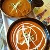 パワンナンハウス - 料理写真:日替わり(奥)とバターチキンカレー(手前)