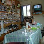丸吉食堂 - 2005年5月、建て替え前の丸吉食堂店内