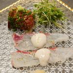 45590516 - タイのうす造り 寒ブリ漬け寿司