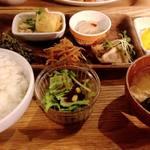 atari CAFE&DINING - おばんざい定食