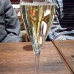 TUNE - 本日のスパークリングワイン