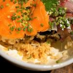 はじめ鮮魚店 - 酢飯ではない、醤油の味付き飯