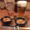 やきとりととうふ・なか仲 - 料理写真:生ビールとジンジャーエール&お通しの切り干し大根
