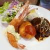 街の洋食屋 AKIRA - 料理写真:Aランチ(1500円)ハンバーグ、海老フライ、クリームコロッケ