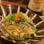 かばのおすし - 河豚の皮と白菜のサラダ ポン酢ベースのドレッシングに紅葉おろしのアクセント