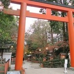 45690622 - 八坂神社を抜けながら。