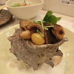 新橋しのだ寿司 - さざえのつぼ焼き600円